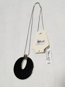 NV17NK NECKLACE WITH PENDANT