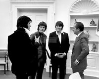 RICHARD NIXON MEETS WITH ELVIS PRESLEY AND FRIENDS IN 1970 - 8X10 PHOTO (DA-061)