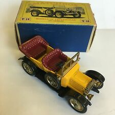 Matchbox Y-13 1911 Daimler Yellow Boxed Yesteryear