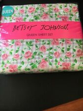 NEW BETSEY JOHNSON PINK ROSES & GREY & WHITE PLAID QUEEN 4 PIECE SHEET SET NEW