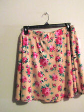 JOE BOXER PLUS JUNIOR WOMANS 2X SHORT SKATER SKIRT PEACH/PINK/GREEN FLORAL NWT