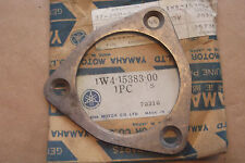 YAMAHA IT250 IT400 IT425  YZ250 YZ400  NOS  BEARING COVER PLATE - # 1W4-15383-00