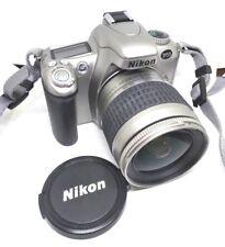 Macchina fotografica reflex Nikon F55 + Obiettivo AF Nikkor 28-80mm 3.3-5.6G
