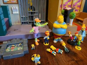 12 piece Simpsons World Of Springfield lot 2 interactive sets and figures