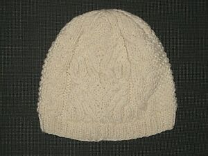 BABY GAP IVORY WOOL CABLE KNIT COTTON LINED BEANIE HAT BOY'S GIRL'S 6-12 MONTHS