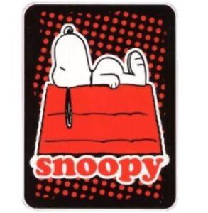 NWT ~ PEANUTS SNOOPY DOGS LIFE 46 x 60 ~ PLUSH THROW
