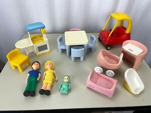 LOT Of 15 Vintage Little Tikes Dollhouse Furniture Play Room Cozy Coupe Dad Mom