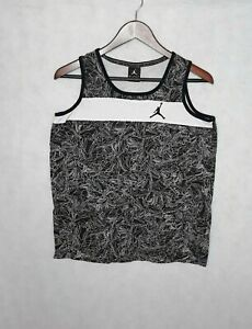 Air Jordan Boys Tank Top Black & White Sleeveless Athletic Top Size XL (13-15 y)