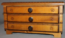 VINTAGE SMALL ORNATE PYROGRAPHY WOOD DRAWER CHEST
