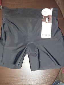 NWT Spanx Assets Shaping Girl Short 10092R Black Shorts Womens Sz Large L