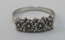 SARAH COVENTRY SILVER PLATED ADJUSTABLE RING 4 SMALL FLOWERS PATTERN **