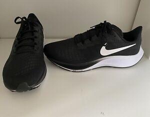 Nike Air Zoom Pegasus 37 / Größe 45 / Neu