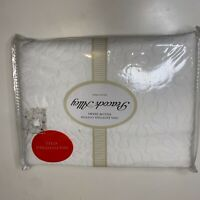 Peacock Alley pillow shams NWTs 100% Egyptian cotton standard size color white