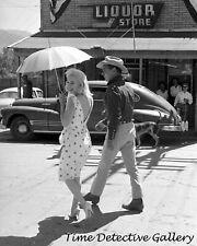 "Clark Gable & Marilyn Monroe in ""The Misfits"" #1 - Vintage Celebrity Print"
