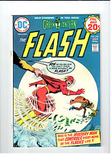 Dc Comics Flash #228 Aug 1974 vintage comic.Nm condition. Cary Bates appearance