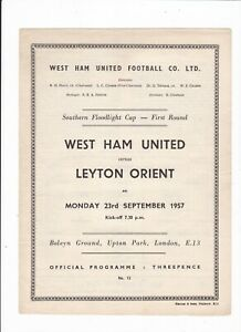 1957/58 WEST HAM v LEYTON ORIENT (Southern Floodlight Cup - First Round)