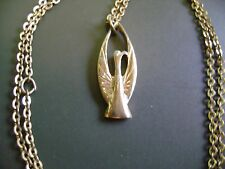 "VINTAGE  SIGNED ""COVENTRY"" BIRD""DOVE"" GOLD TONE PENDANT NECKLACE"