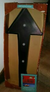Arrow Sign Wall Hanging Light ~ LED Light-Up * BRAND NEW IN BOX! * Great Decor