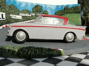 1960'S BUILT AIRFIX KIT CAR GREY/RED  1:32 SCALE USED UNBOXED