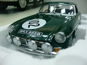 WOW EXTREMELY RARE MGB MkII GT #102 1000 km Nürburgring 1967 1:18 Auto Art-MGC