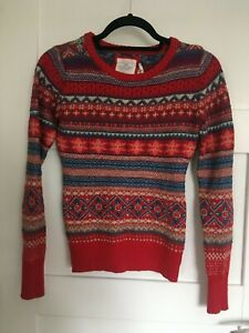 H&M Ladies Womens Size XS 6-8 Red Patterned Christmas Jumper Festive