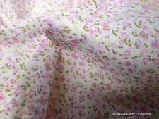 Tessuti e stoffe patchwork modello Floreale per hobby creativi