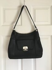 Women's Guess Handbag Tote Zip Closure Front Pocket Leather Black Preowned