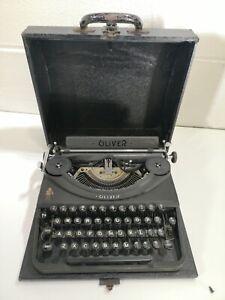 Oliver Portable Typewriter Vintage