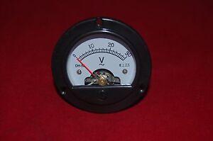 AC 0-30V Round Analog Voltmeter Voltage Panel Meter Dia. 66.4mm DH52