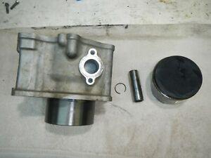 Cylinder barrel jug piston 1993 Kawasaki Bayou 400 4x4 KLF400-B1