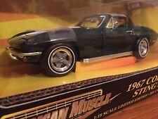 Ertl 1:18 1967 Chevrolet Corvette Sting Ray 32270