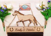 Haflinger Horse Rosette Holder Oak Veneer Fabric Mesh Ride Hanger New design