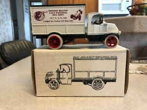 ERTL DIE-CAST 1926 MACK DELIVERY TRUCK, 1990 HERSHEY REGION JUDGES AWARD