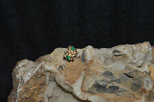 LADIES 14KT GOLD/NUGGET STYLE/EMERALD POST EARRING'S(2.0 GRAMS)