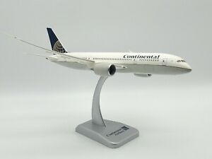 Hogan 1:200 Scale Continental Airlines Boeing 787-800 Airplane Flight Model