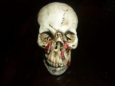 TESCHIO SANGUE FATTO DIPINTO A MANO horror zombie gotico halloween fermacarte