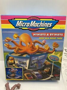 Micro Machines Hiways & Byways Deep Sea Drive-Thru Playset - Missing Pieces