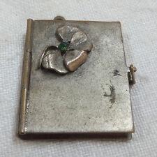 antiker Anhänger z.B.für Uhrkette Buch Form Büchlein zum Öffnen und beschreiben