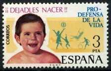 España 1975 SG#2327 #D64472 estampillada sin montar o nunca montada bienestar infantil