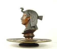 Reine d'Egypte coiffée d'un vautour Queen of Egypt Vulture Crow Encrier Inkwell