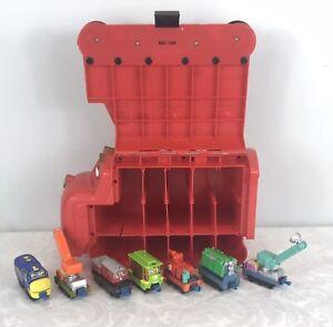 Chuggington Plastic Train Storage Carry Case Plus 7 Trains