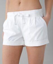 Lululemon Spring Break Away Short II Size 4 White - Excellent Condition!