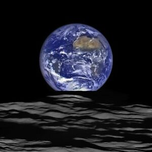 Earth Rise over Lunar Horizon / NEW 8x10 glossy photo