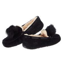 b60ae1bb664 UGG Australia Women's Slippers Fluffy 9 Women's US Shoe Size for ...