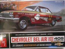 AMT 62 CHEVROLET BEL AIR SUPER STOCK 409 TURBO FIRE 1/25