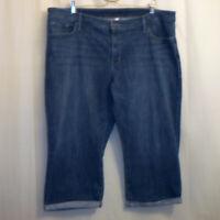 "Levi's Capris Cropped Jeans Women's Size 22W Blue 21 1/2"" Inseam"