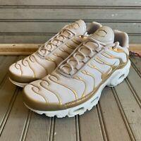 Nike Womens Air Max Plus TN Vast Grey/Metallic Gold Size 7.5 605112 054 New