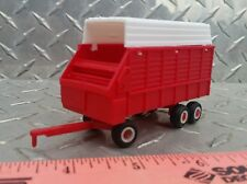1/64 STANDI INTERNATIONAL IH CASE FORAGE HAYLEGE CHOPPER BOX WAGON ERTL FARM TOY