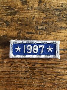 """Vtg 1987 2.25"""" Sew On Embroidered Patch Badge 1989's Year Date Star White Blue"""