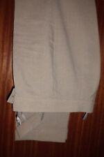 Sommerhose, Hellbeige, Größe 40, breites Bund, mit Aufschlag und Schnalle vorn